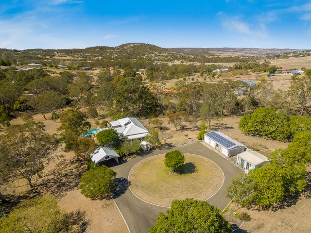 34 Box Tree Court, Mount Rascal, Qld 4350