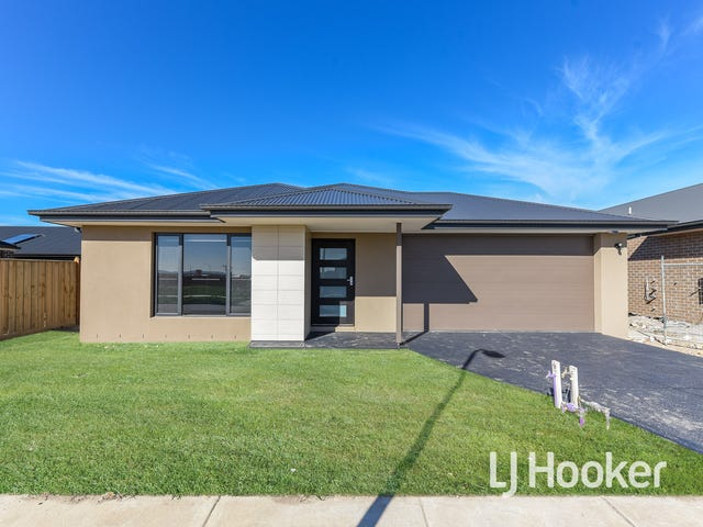 17 Speargrass Close, Clyde North, Vic 3978