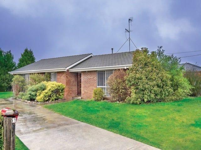 51 McNulty Drive, Wendouree, Vic 3355