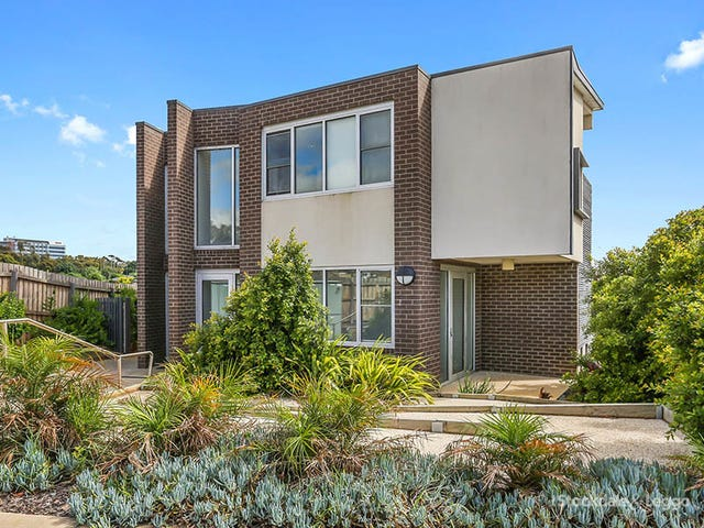 5/4 Ficinia Mews, Highton, Vic 3216