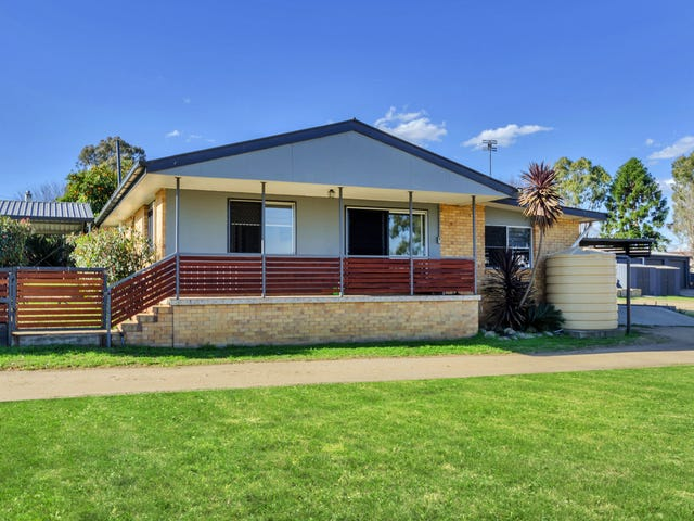 300 East St, Warwick, Qld 4370