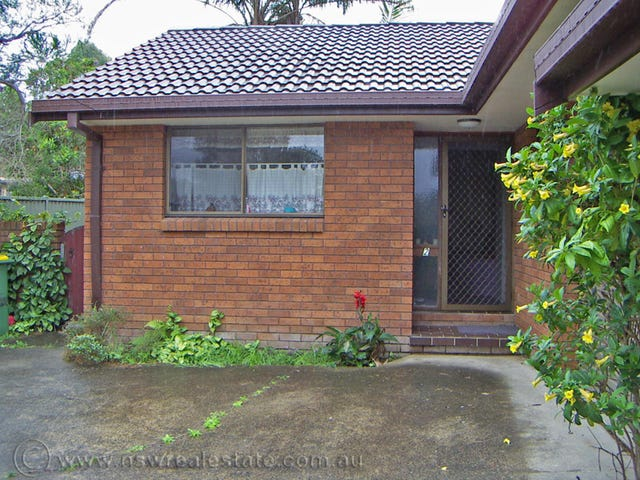 2/4 Robert Garrett Street, Coffs Harbour, NSW 2450