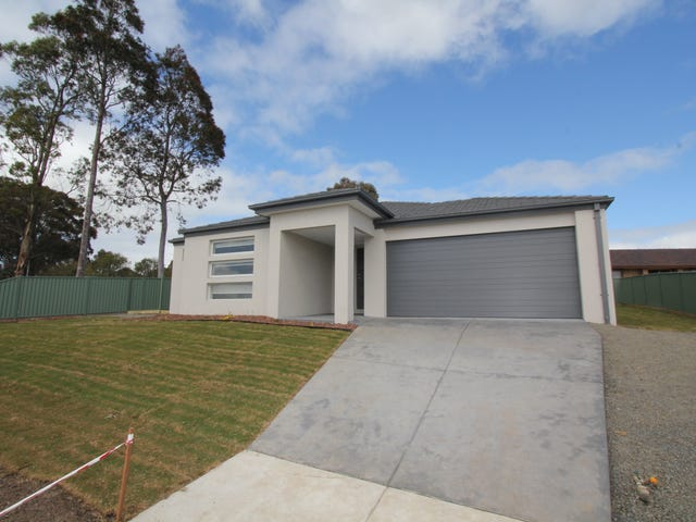 85 Howe Street, Miners Rest, Vic 3352