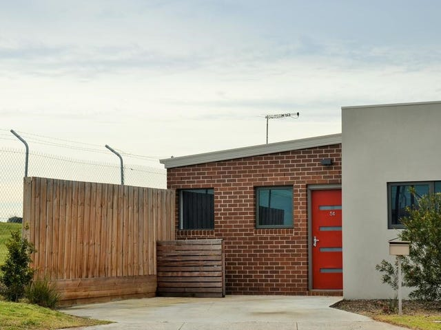 54 Lind Street, Strathmore, Vic 3041