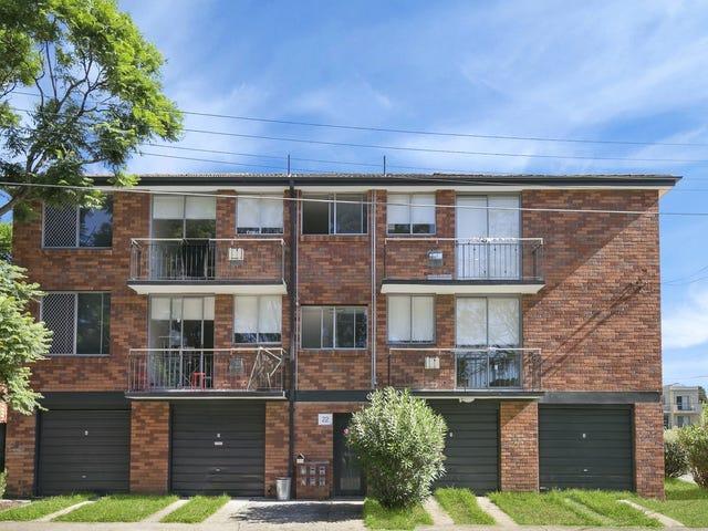 2/22 Barber Avenue, Eastlakes, NSW 2018