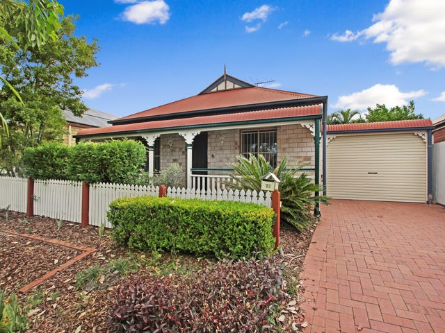 13 Simpson Way, Forest Lake, Qld 4078