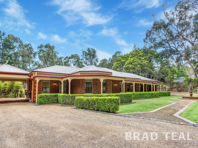 17 Corks Road, Macedon, Vic 3440