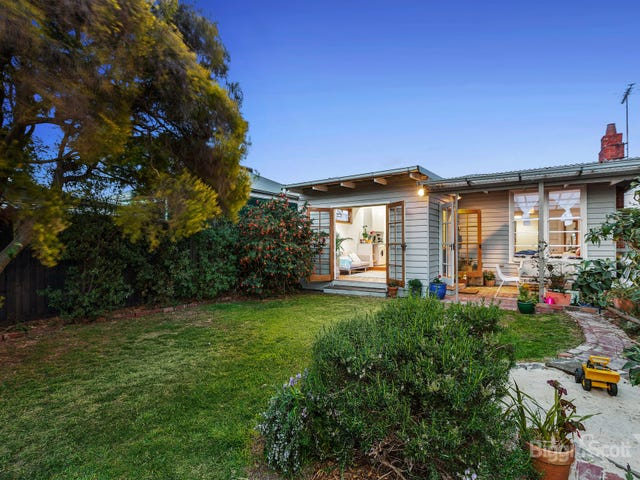62A Paxton Street, South Kingsville, Vic 3015
