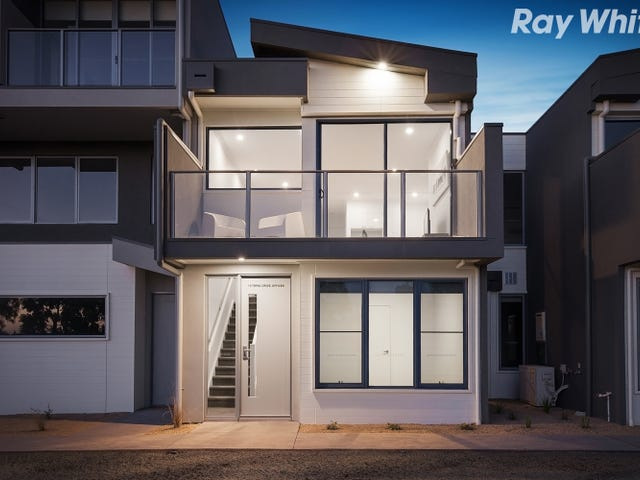 14 Topal Drive, Officer, Vic 3809