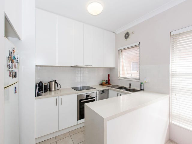 8/30 Crawford Road, Brighton-Le-Sands, NSW 2216