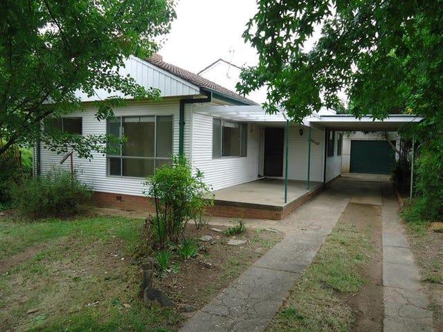 10 Cochrane St, Kooringal, NSW 2650