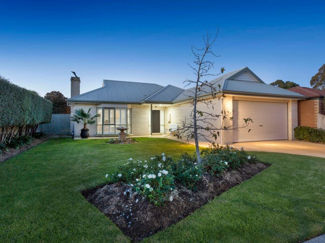 48 Waltham Drive, Mornington, Vic 3931