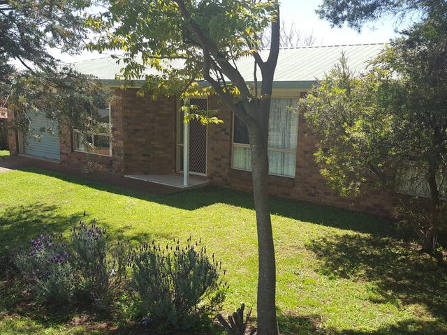 12 Dalzell Crescent, Darling Heights, Qld 4350