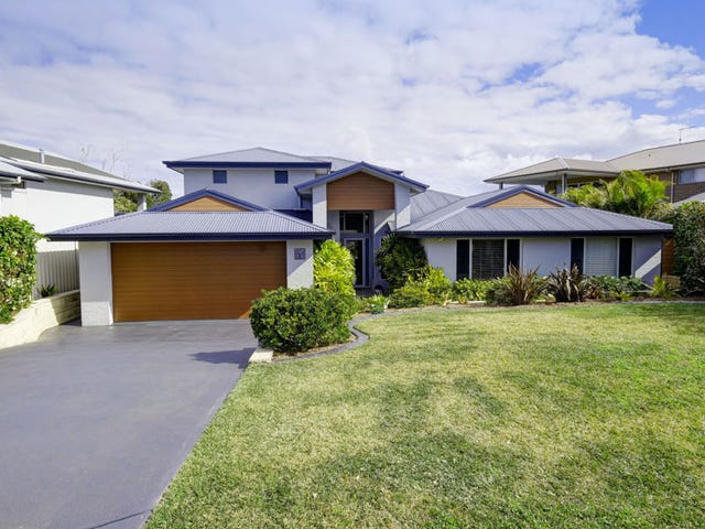 13 Carinda Place, Forster, NSW 2428