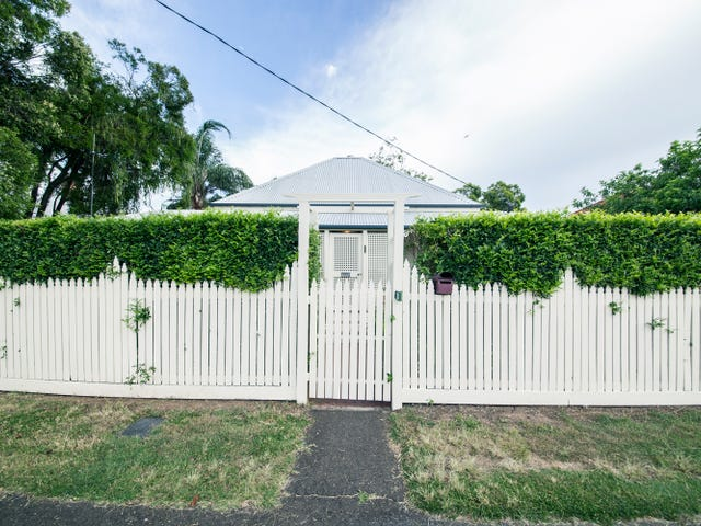 28 Darling Street, Sadliers Crossing, Qld 4305