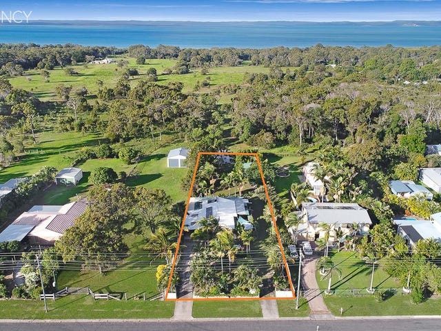 12 Beacon Road, Booral, Qld 4655