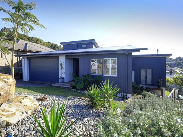 42 Wirrana Circuit, Forster, NSW 2428