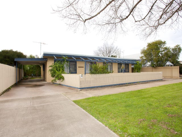 1 & 2 / 25 Searle Street, Horsham, Vic 3400