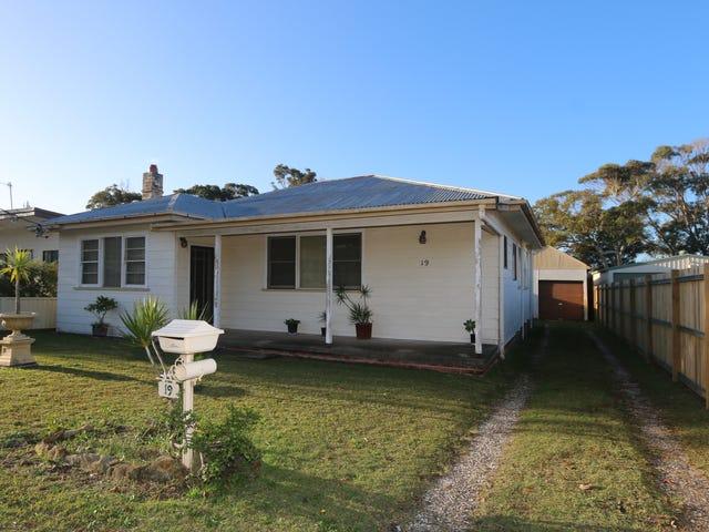 19 James Road, Toukley, NSW 2263