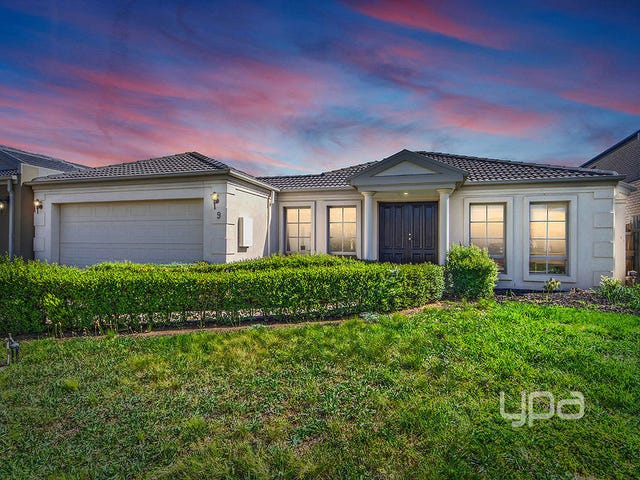 9 Rigby Court, Taylors Lakes, Vic 3038