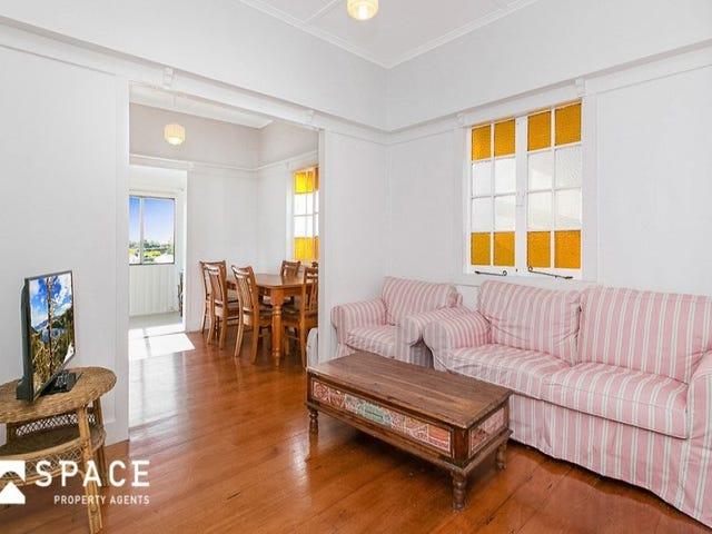 111 Empress Terrace, Bardon, Qld 4065