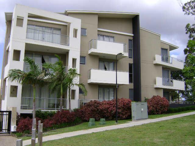 5  'Park Azzura' 1 St Pauls Crescent, Varsity Lakes, Qld 4227