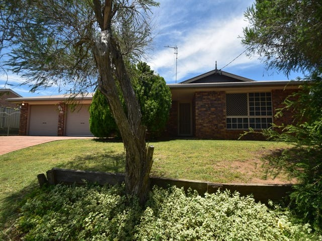 10 Smart Drive, Darling Heights, Qld 4350