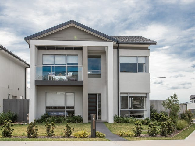15 Greenview Drive, Moorebank, NSW 2170