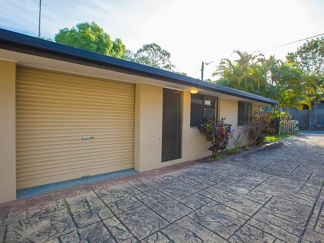 1/10 West King Lane, Southport, Qld 4215