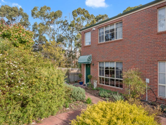 1/4 Mowbray Court, Lenah Valley, Tas 7008