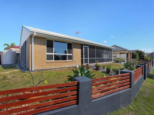 6 Clovelly Place, Sandstone Point, Qld 4511