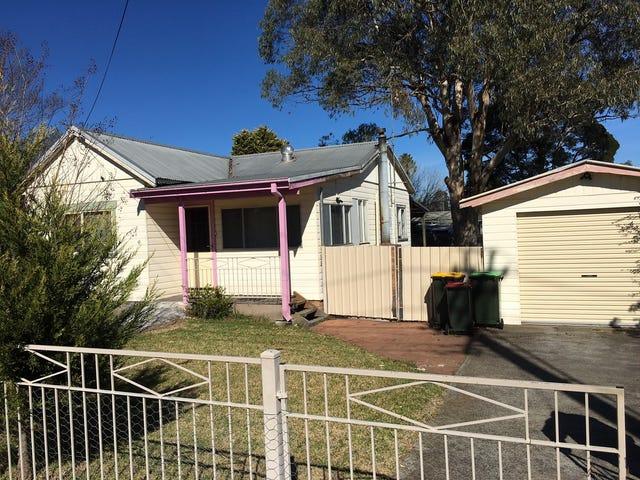 4 Emmet Street, Tahmoor, NSW 2573