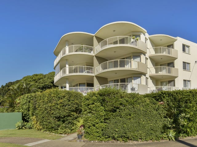 "4/""Pacific Horizon""  Leichhardt Street, Golden Beach, Qld 4551"