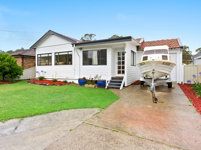 8 Clare Crescent, Batehaven, NSW 2536