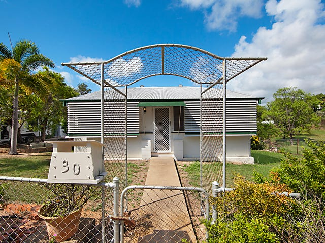 30 Green Street, West End, Qld 4810
