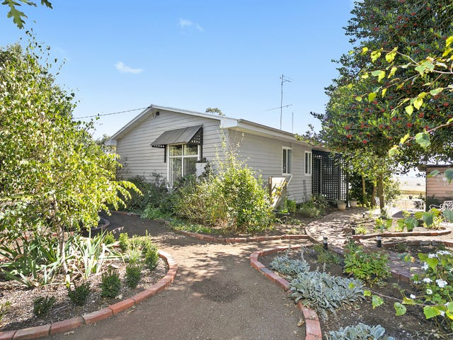 2661 Midland Highway, Newlyn, Vic 3364