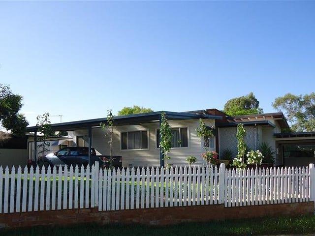 43 Northcott Pde, Mount Austin, NSW 2650