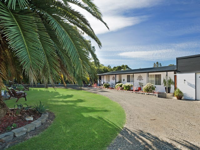 18 Voyager Crescent, Bawley Point, NSW 2539