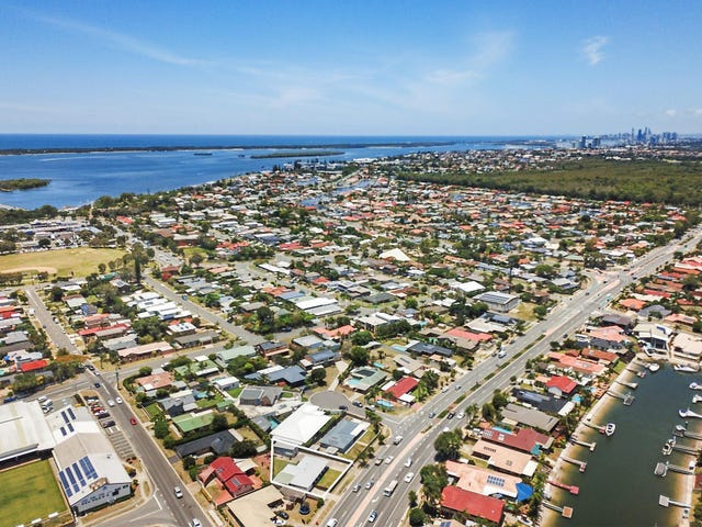 77 Oxley Drive, Paradise Point, Qld 4216