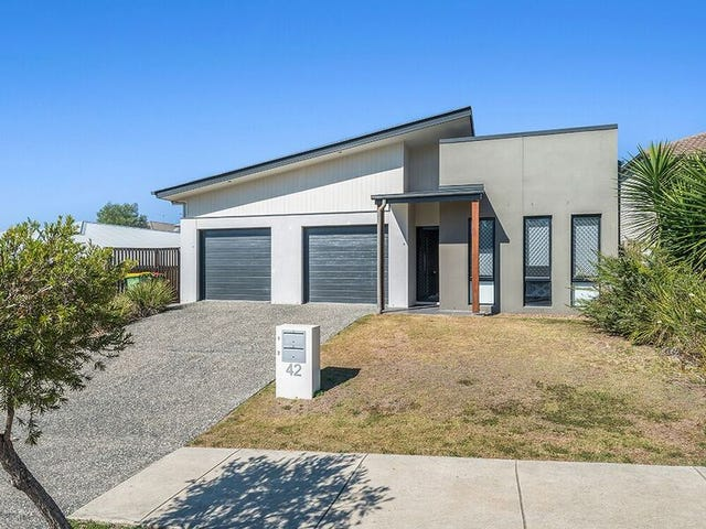 42 Kenneth Drive, Augustine Heights, Qld 4300