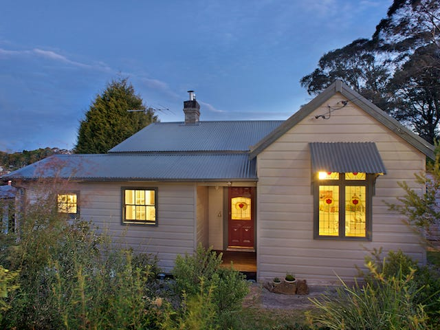 74 Camp Street, Katoomba, NSW 2780
