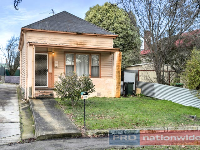 118 Clyde Street, Soldiers Hill, Vic 3350