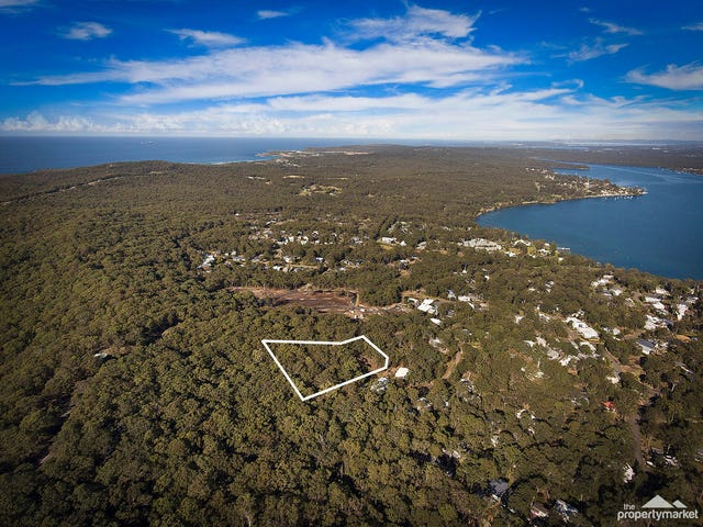 12 Lake Ridge Lane, Murrays Beach, NSW 2281