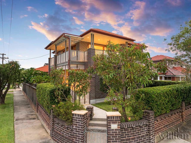 27 First Avenue, Rodd Point, NSW 2046