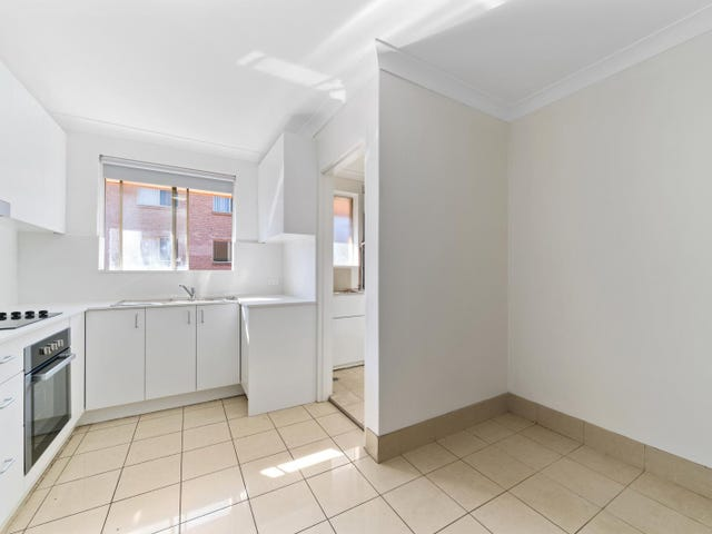 8/5 Denman Ave, Wiley Park, NSW 2195
