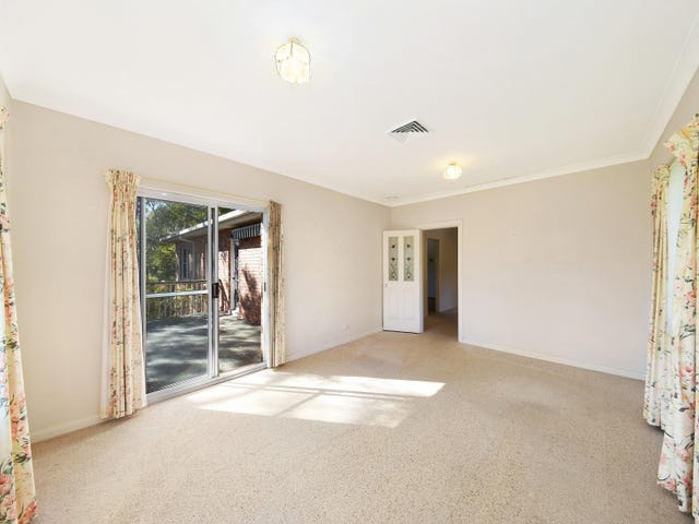 14 Summerhaze Place, Hornsby Heights, NSW 2077