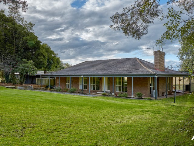 815 Main South Road, Drouin South, Vic 3818