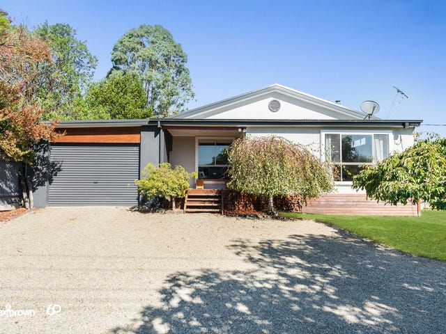 314 Warburton Highway, Wandin North, Vic 3139