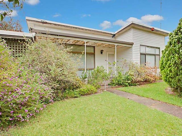 15 Lewis Street, Bradbury, NSW 2560