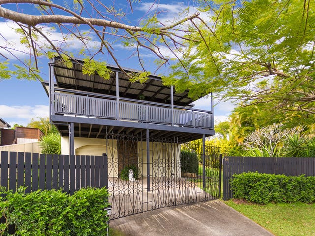 14 Kauri Court, Palm Beach, Qld 4221